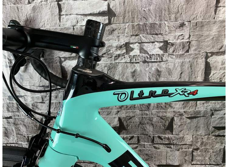 Bianchi Rennrad Oltre XR4 - Campagnolo Record 12S - 2019 Racing Edition